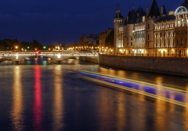 Pont-au-change and Conciergerie, Paris
